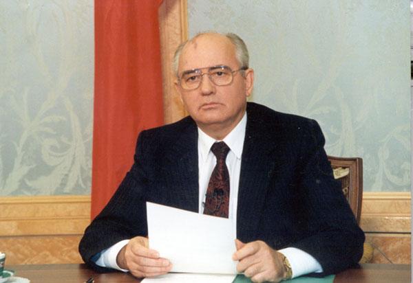 По словам мгорбачева, правительство сгорело на социальной реформе