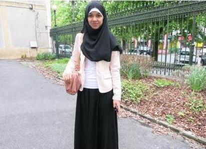 Под юбкой мусульманка