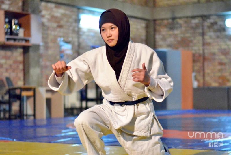 борец фото девушка